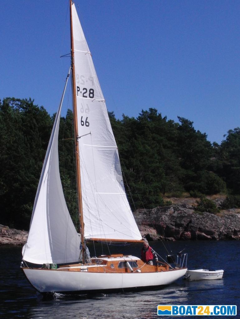 Hallberg-Rassy-P28-fF6regE5ngare-till-HR-26_thumbnail_258818_1_800_1411806024